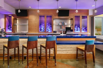 Hotel Bar   TownePlace Suites by Marriott San Diego Downtown