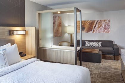 Guestroom | Springhill Suites Grand Rapids West