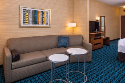 Guestroom | Fairfield Inn & Suites St Louis Westport