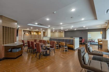 Restaurant | TownePlace Suites by Marriott Lexington Keeneland/Airport
