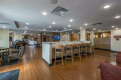 Hotel Bar | TownePlace Suites by Marriott Lexington Keeneland/Airport
