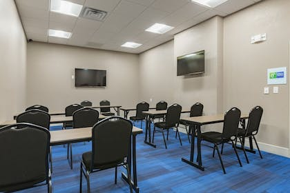 Meeting Facility | Holiday Inn Express and Suites San Marcos South