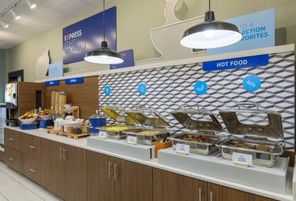 Buffet | Holiday Inn Express and Suites San Marcos South