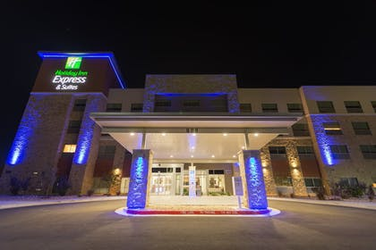 Property Entrance | Holiday Inn Express and Suites San Marcos South