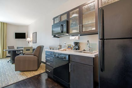 In-Room Kitchen | Candlewood Suites San Antonio Lackland AFB Area