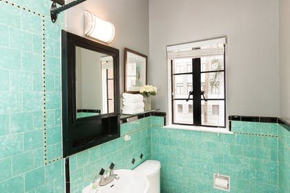 Bathroom | The Historic Broadlind Hotel at Long Beach Convention Center