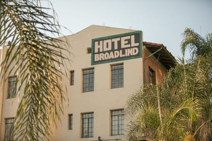 Exterior | The Historic Broadlind Hotel at Long Beach Convention Center
