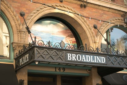 Hotel Front | The Historic Broadlind Hotel at Long Beach Convention Center