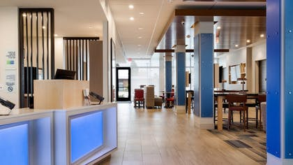 Interior | Holiday Inn Express & Suites Racine