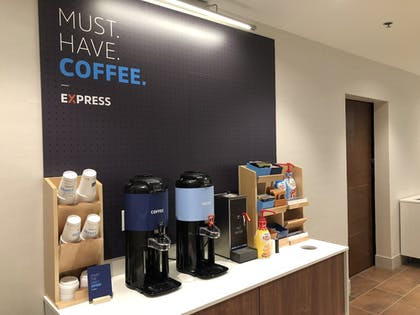 Coffee Service | Holiday Inn Express & Suites Racine