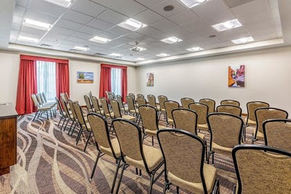Meeting Facility | Clarion Inn & Suites Hurricane Zion Park Area