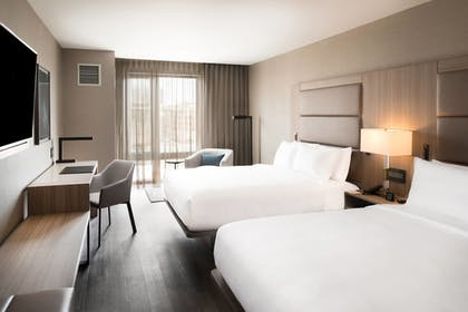 Guestroom | AC Hotel by Marriott Boston Cleveland Circle
