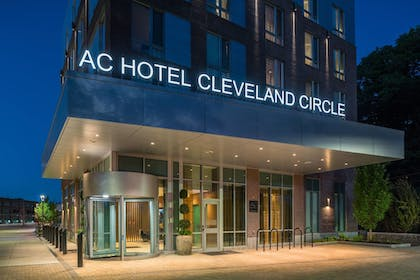 Hotel Entrance | AC Hotel by Marriott Boston Cleveland Circle