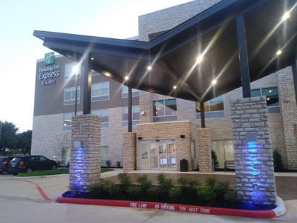 Hotel Entrance | Holiday Inn Express & Suites Houston SW - Missouri City