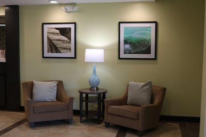 Lobby Sitting Area | Candlewood Suites Goodlettsville - Nashville