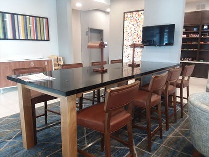 Dining | Holiday Inn Express & Suites Colorado Springs AFA Northgate