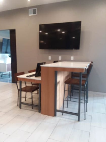 Business Center | Holiday Inn Express & Suites Colorado Springs AFA Northgate