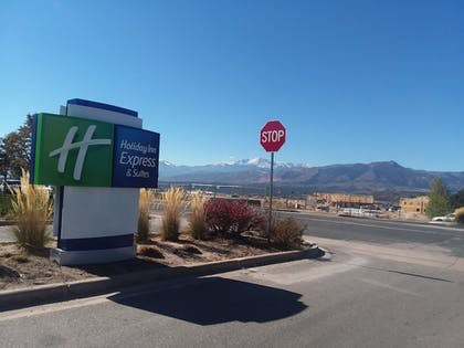 Exterior detail | Holiday Inn Express & Suites Colorado Springs AFA Northgate