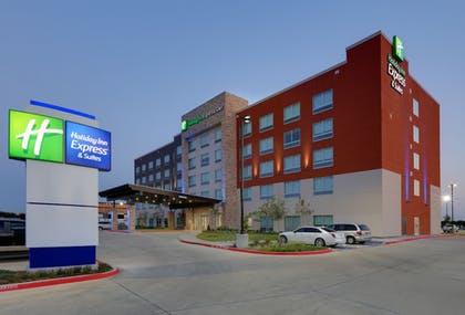 Featured Image | Holiday Inn Express & Suites Dallas NW HWY - Love Field