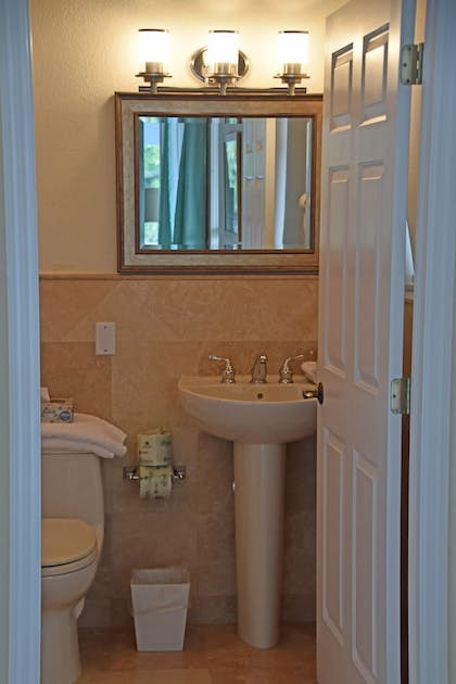 Bathroom | Dolphin Point Villas