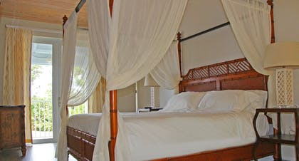 Guestroom | Dolphin Point Villas