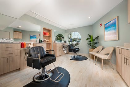 Hair Salon | Margaritaville Resort Gatlinburg