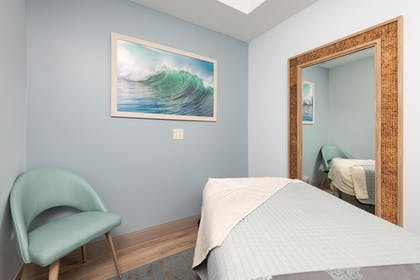 Treatment Room | Margaritaville Resort Gatlinburg
