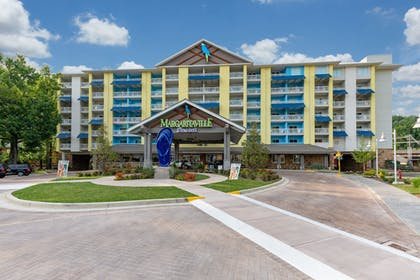 Hotel Entrance | Margaritaville Resort Gatlinburg