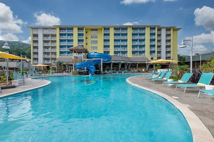 Outdoor Pool | Margaritaville Resort Gatlinburg