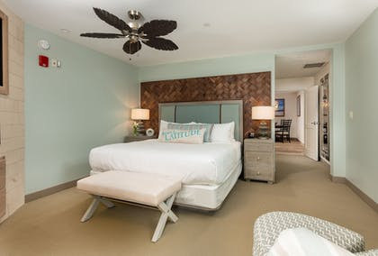 Guestroom | Margaritaville Resort Gatlinburg