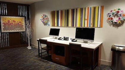 Business Center | Holiday Inn Express Macon North