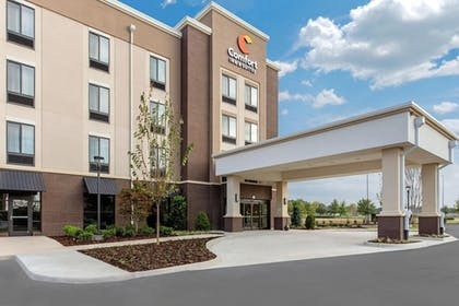 Featured Image | Comfort Inn & Suites at CrossPlex Village