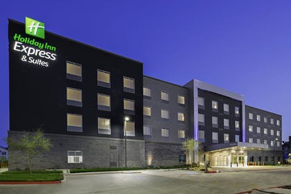 Exterior | Holiday Inn Express & Suites Lubbock Central - Univ Area