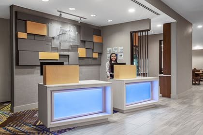 Lobby | Holiday Inn Express & Suites Lubbock Central - Univ Area