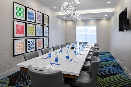 Meeting Facility | Holiday Inn Express & Suites Lubbock Central - Univ Area