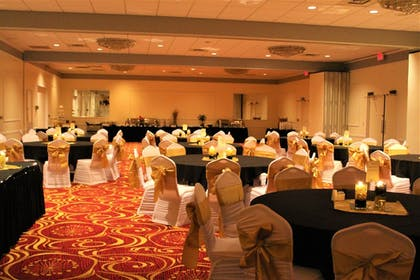 Banquet Hall | Ramada by Wyndham Cedar Rapids