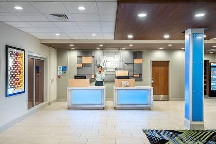 Reception | Holiday Inn Express And Suites Punta Gorda