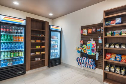 Gift Shop | Holiday Inn Express And Suites Punta Gorda