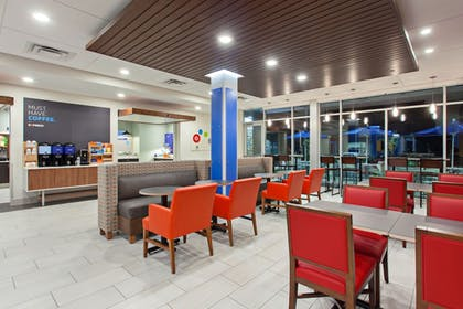 Restaurant | Holiday Inn Express And Suites Moses Lake