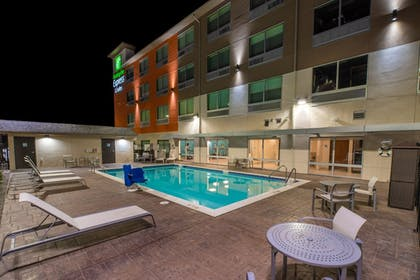 Pool | Holiday Inn Express And Suites Moses Lake