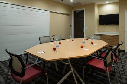 Meeting Facility   TownePlace Suites by Marriott Clarksville