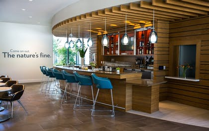 Dining | EVEN Hotel Seattle - South Lake Union