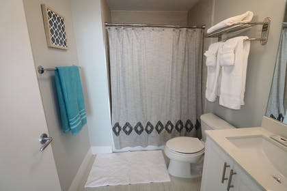 Bathroom | MIA Luxe Properties at Mutiny Park Condominium-Hotel