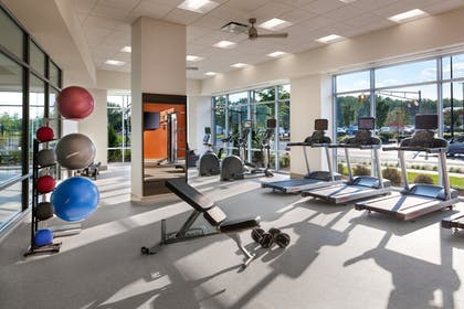 Fitness Facility |  | Hampton Inn & Suites Teaneck Glenpointe