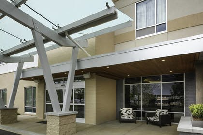 Exterior | TownePlace Suites by Marriott Louisville Northeast