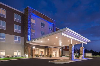 Exterior   Holiday Inn Express & Suites Alachua - Gainesville Area