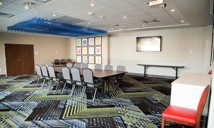 Meeting Facility | Holiday Inn Express & Suites Nashville North - Springfield