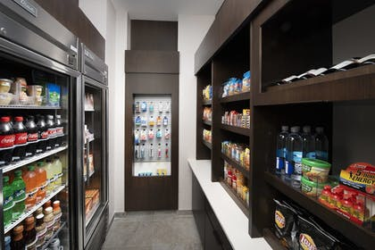 Snack Bar | SpringHill Suites by Marriott Atlanta Downtown