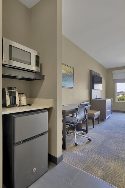 In-Room Amenity | Best Western Plus Executive Residency Fillmore Inn