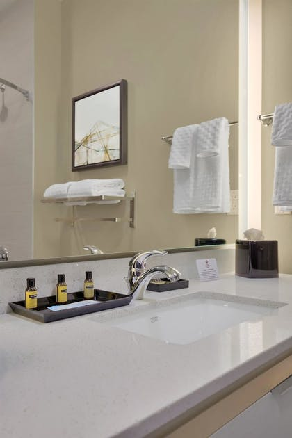 Bathroom Amenities | Best Western Plus Executive Residency Fillmore Inn